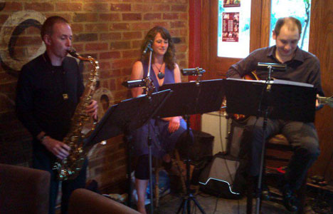 Jazzitation groovin' at the Snug